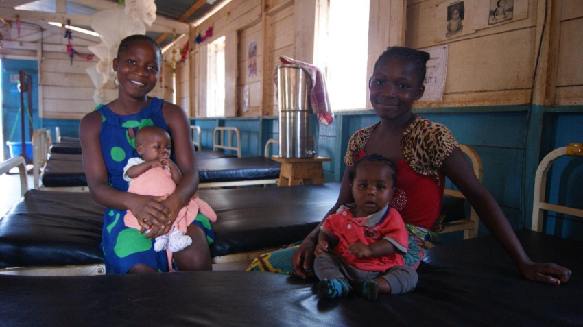 treating severe acute malnutrition - Action Against Hunger